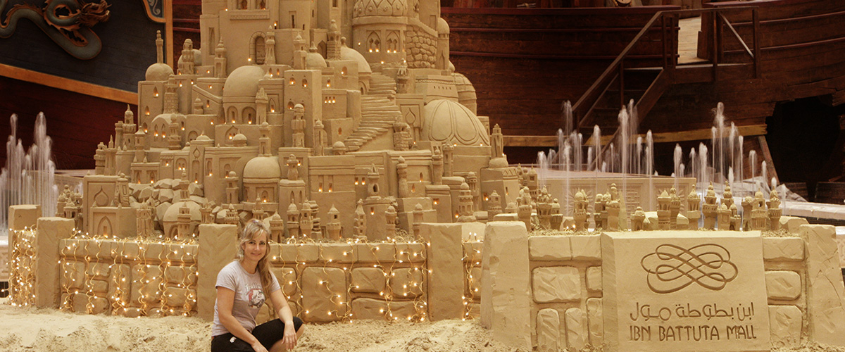 Iban Battuta Mall with lights Dubai Sand Sculpture – Sculpting Sand – Jennifer Rossen